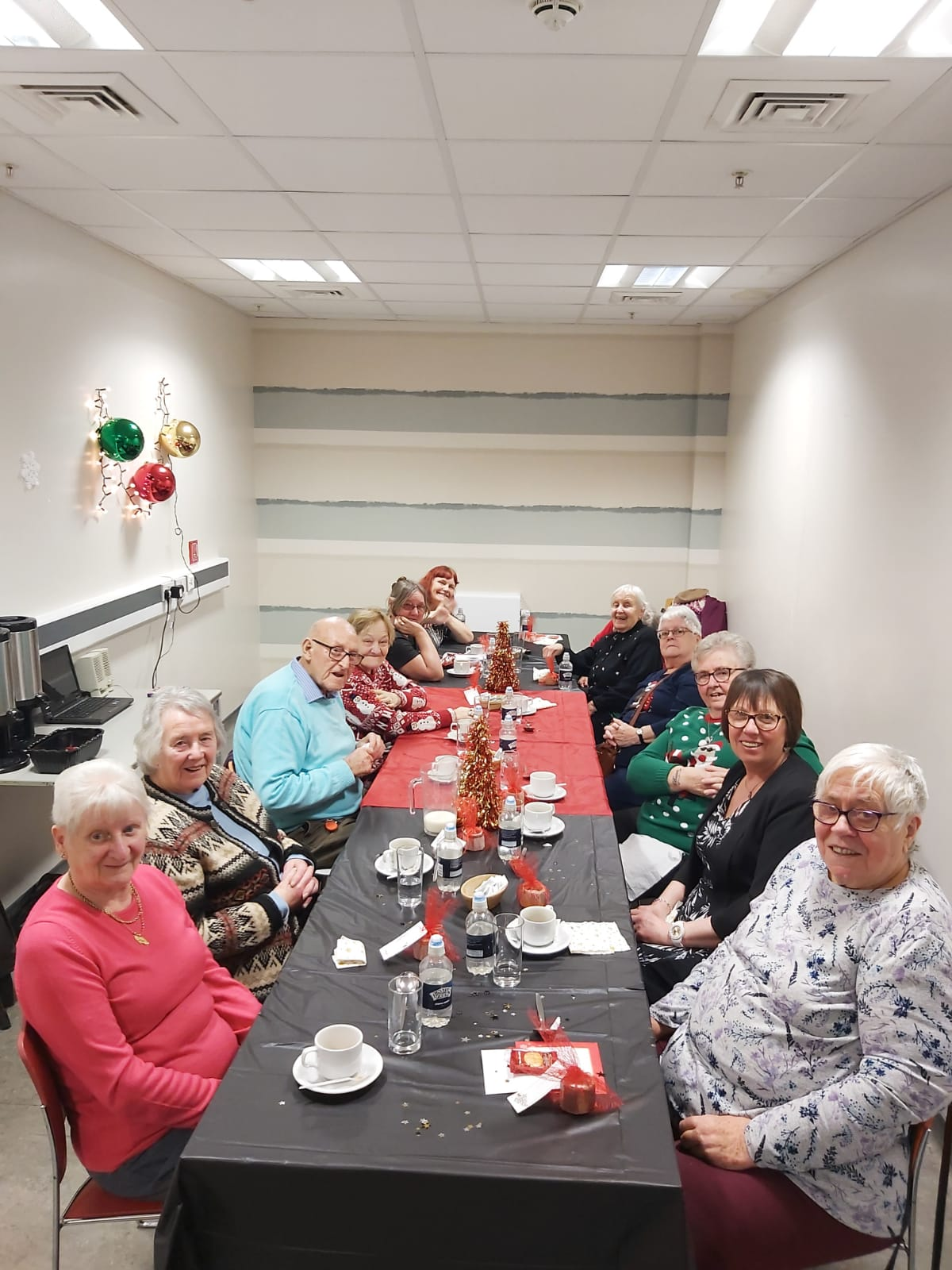 Golden Oldies Christmas Lunch 2019 (4).jpg